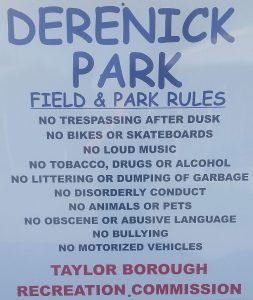 Derenick Park Rules Sign